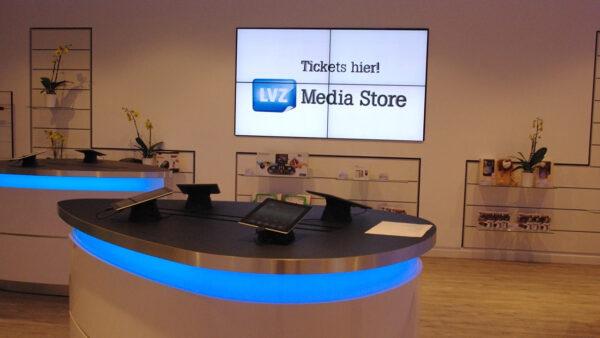 Bildschirme für Werbung und Information