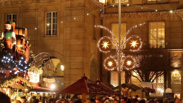 Laternenmotiv für Weihnachtsbeleuchtung in Städten und Kommunen