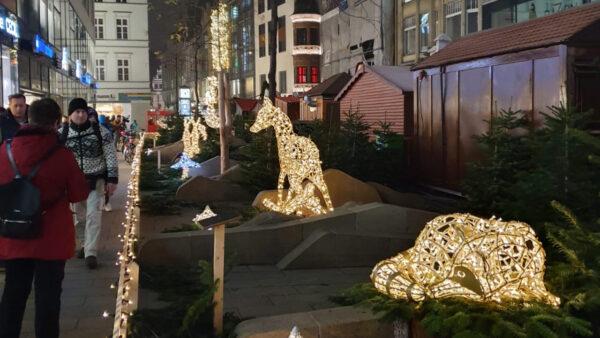 beleuchtete Tiere als Weihnachtsdeko